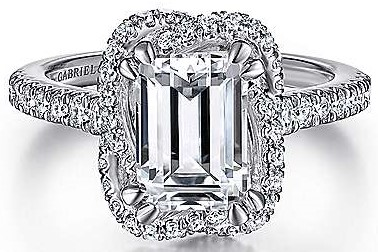 Emerald Cut Engagement Rings brings the Drama