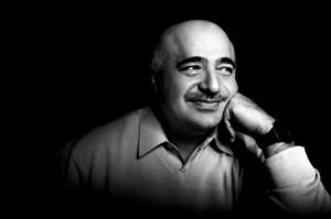 Black and white photo of the designer Simon G.