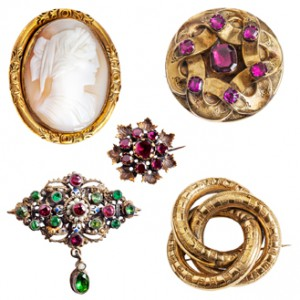 5 pieces of antique and vintage jewelry.