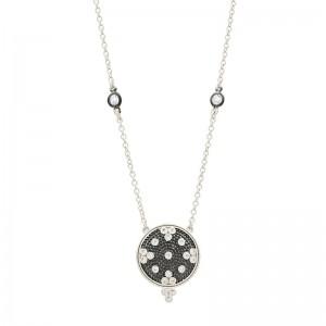 Signature Clover Disc Pendant Necklace