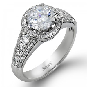 White 18 Karat Round Halo  Engagement Mounting