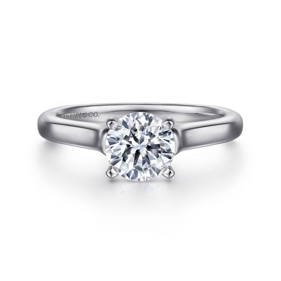 https://www.romanjewelers.com/upload/product/ER6642W4JJJ-1.jpg