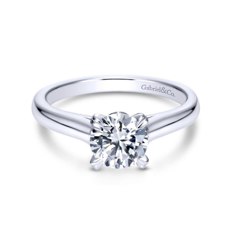 https://www.romanjewelers.com/upload/product/ER8073W4JJJ-1.jpg