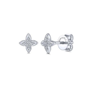 14K White Gold Flower Diamond Stud Earrings