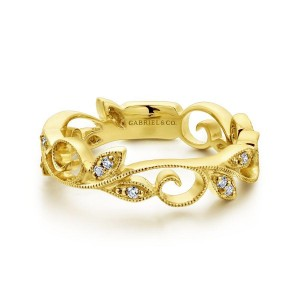 14K Yellow Gold Scrolling Floral Diamond Ring