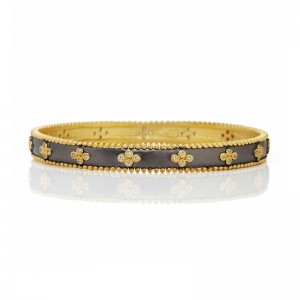 Signature Clover Beaded Slide Bangle