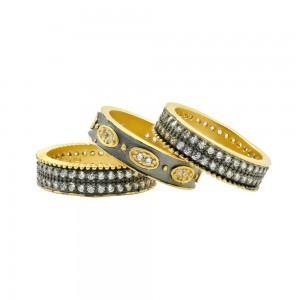 Signature Oval Eternity 3-Stack Ring